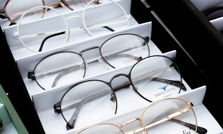 Different choices of spectacles